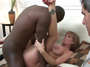Free Housewife Porn Videos