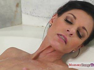 Free Bathroom Porn Videos