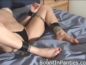 Free Gagging Porn Videos